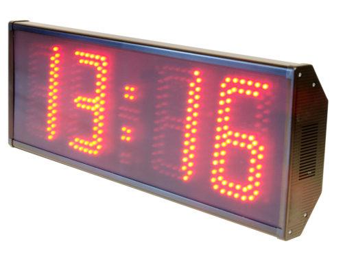Clock calendar chronometer thermometer